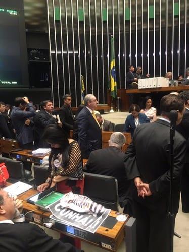 Fim da era Cunha: mandato é cassado com mais de 400 votos favoráveis