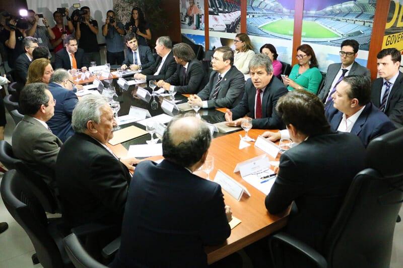 Reunião entre Poderes decide pela criação de comissão para reequilibrar contas do RN