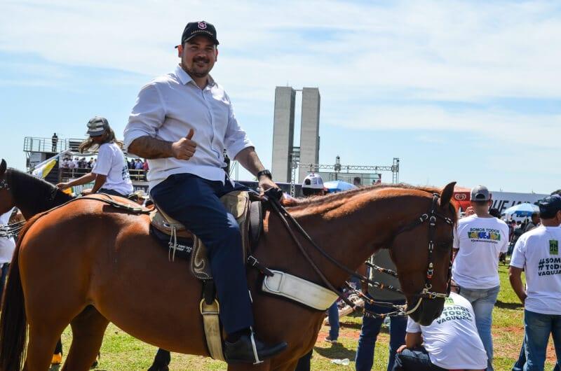 Deputado Beto Rosado ressalta importância econômica da vaquejada durante manifestação em Brasília