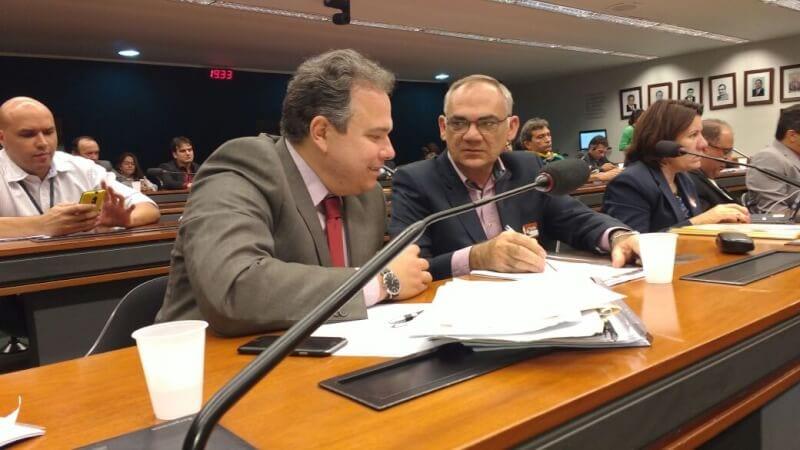 Prefeito eleito de São Gonçalo participa de reunião da bancada federal