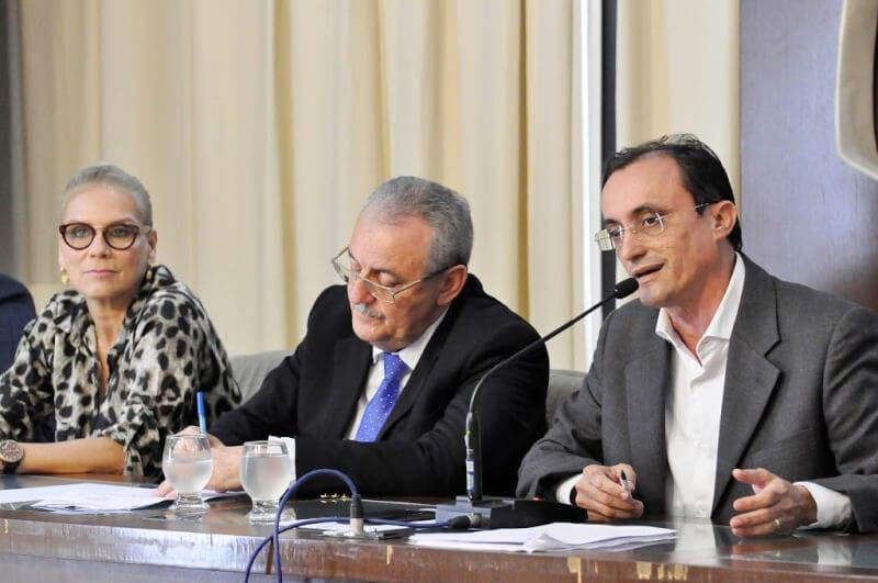 AL discutirá com Judiciário atendimento materno-infantil em Mossoró