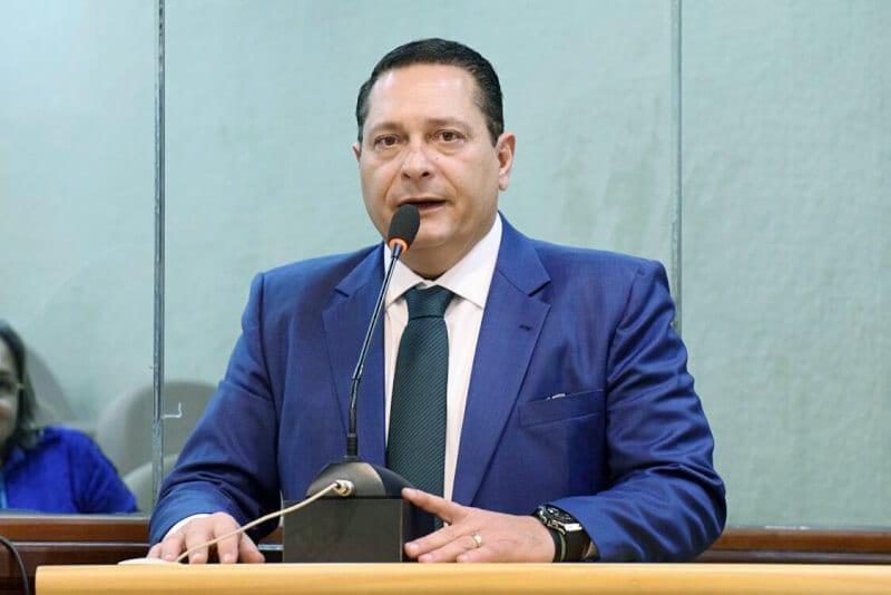 Deputado Ezequiel Ferreira reeleito presidente da Assembleia Legislativa