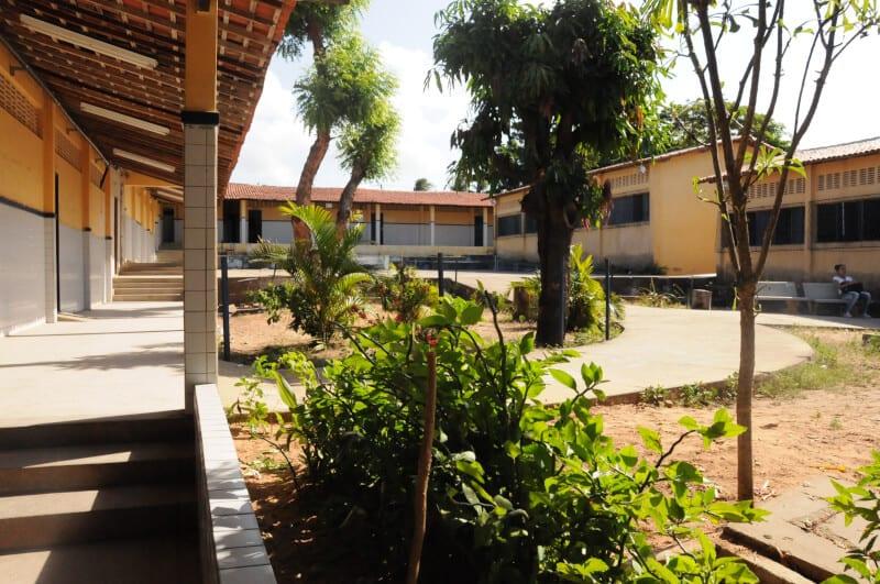 Avaliação da educação básica será feita em escolas públicas e privadas