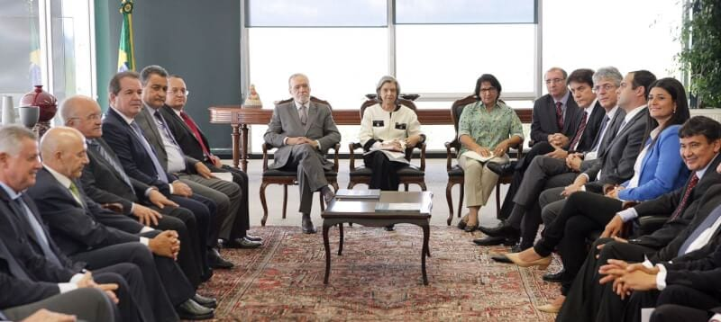 Governador destaca importância da Lei de Repatriação de Capitais em reunião no STF
