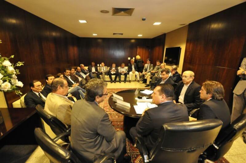 Deputados reúnem empresários e Governo para discutir o novo Refis