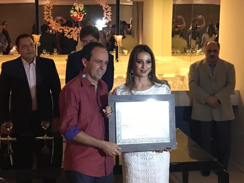 Deputada Cristiane Dantas recebe o título de Parlamentar do Ano