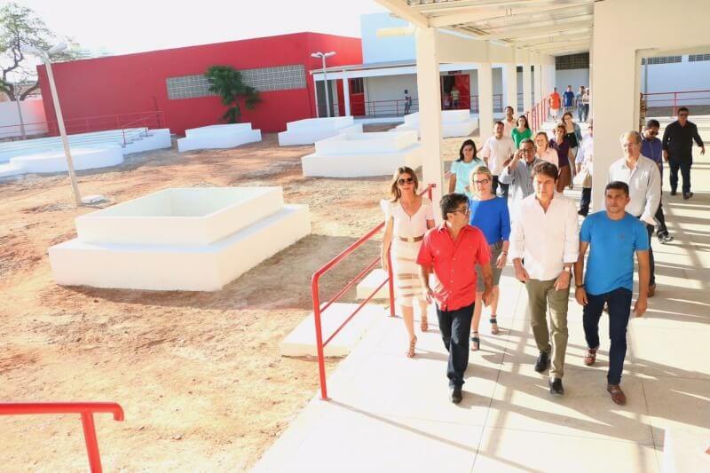 Governador entrega prédio do Centro Estadual de Educação Profissional Tecnológica de Mossoró