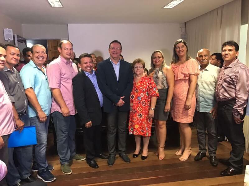 Raniere Barbosa eleito presidente da FECAM