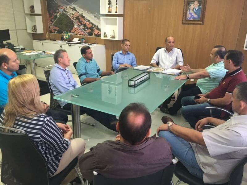 Deputado Rogério Marinho se reúne com prefeito de Parnamirim