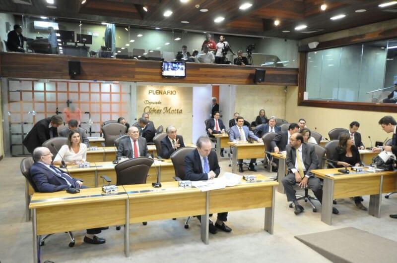 Assembleia formaliza e define membros da Comissão Especial de Segurança
