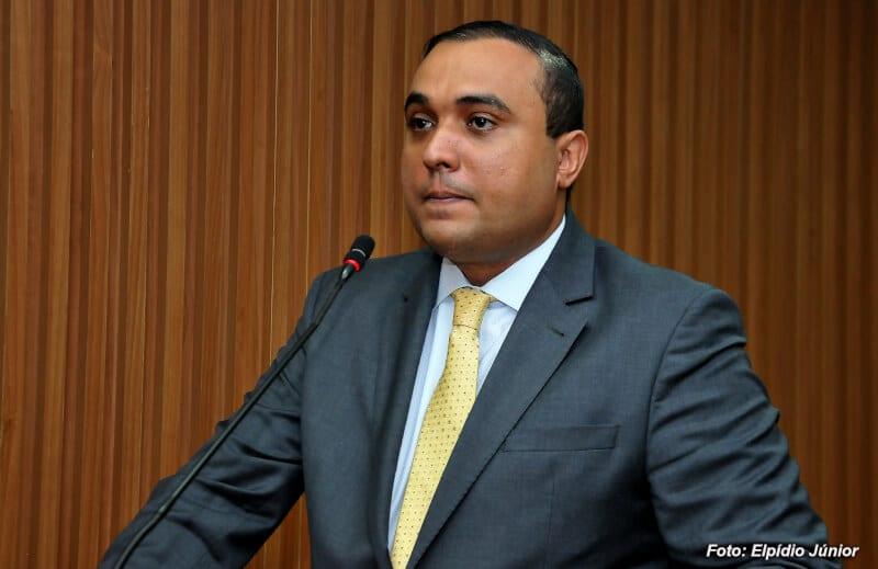 Câmara Municipal aprova emenda do Vereador Ney Lopes Jr que garante repasse integral de couvert aos músicos da cidade