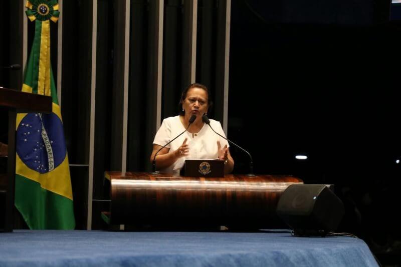 Senadora Fátima critica blindagem de Moreira Franco e indicação de Alexandre de Moraes