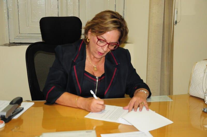 Prefeita de Mossoró anuncia para segunda-feira pagamento de julho