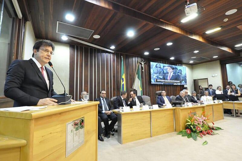 """Na mensagem anual, governador Robinson Faria destaca a segurança pública como uma """"urgência entre tantas outras"""""""