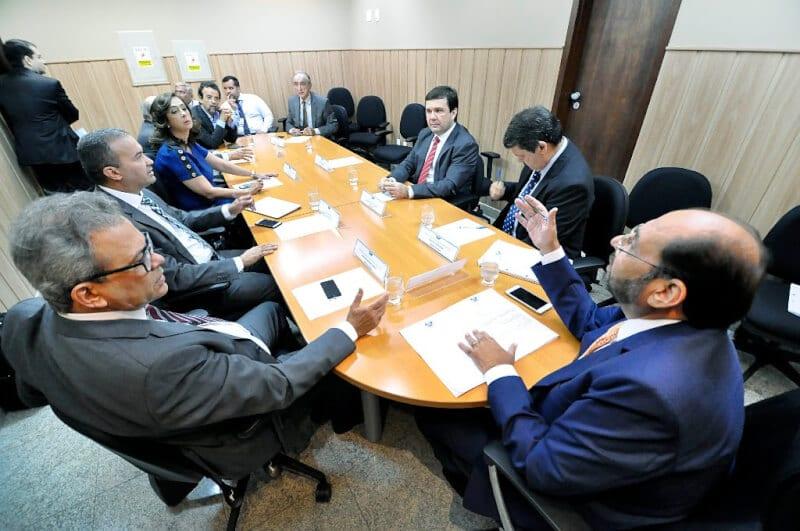 Deputados decidem votar ainda esta semana piso do magistério