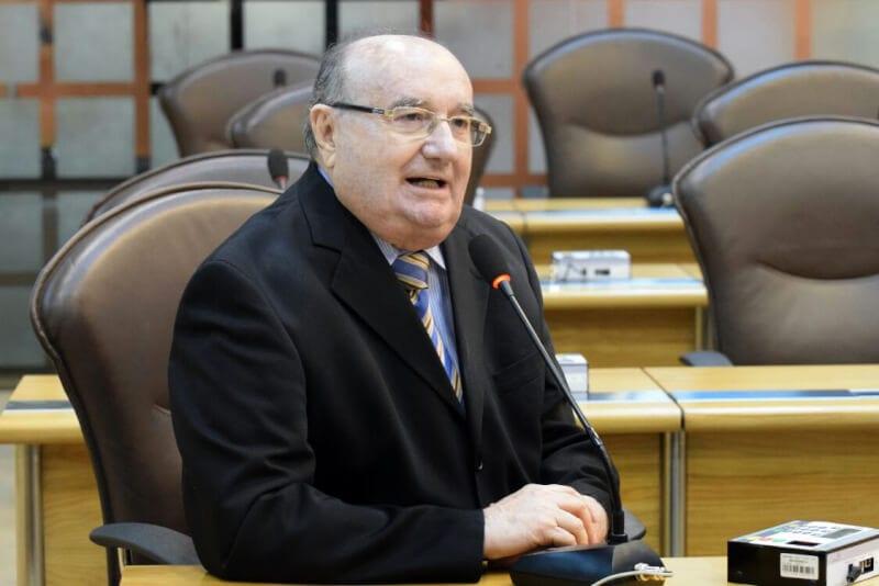 Deputado José Dias culpa gestão petista pelo desemprego no País