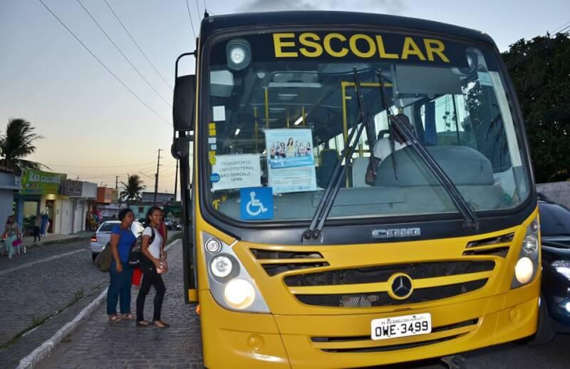 Eleições 2018: MP Eleitoral recomenda que prefeito de Carnaubais não utilize transporte escolar para deslocamento de eleitores