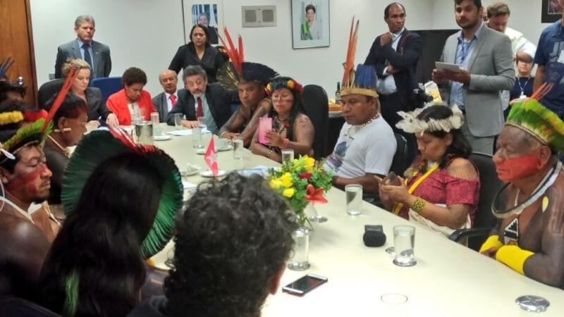 """Senadora Fátima Bezerra: """"vamos barrar os retrocessos e zelar pela cidadania das comunidades indígenas"""""""