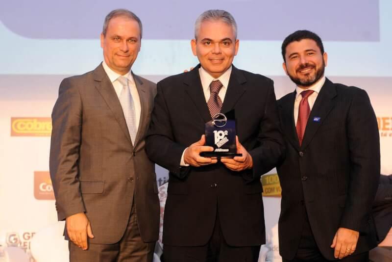 Armazém Pará recebe prêmio nacional como líder no setor de material de construção do RN