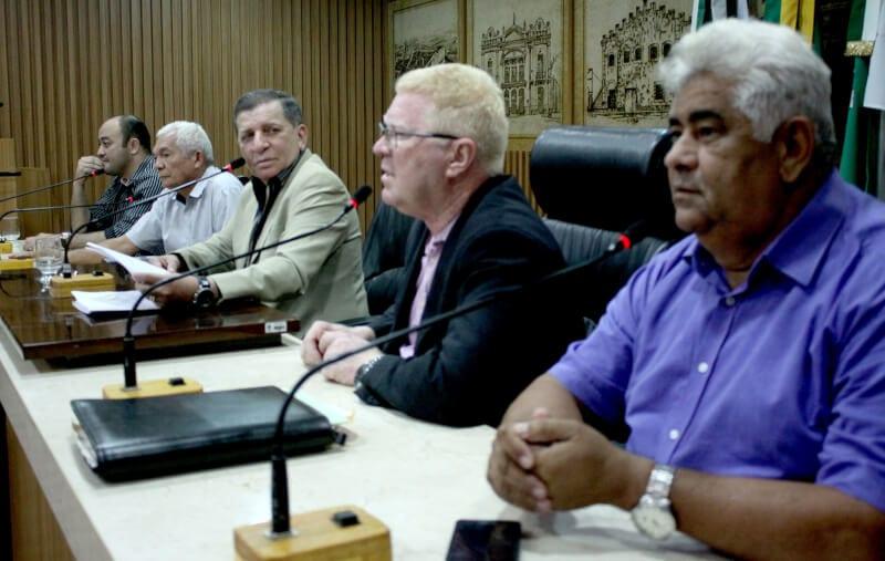 Comissão cobra informações sobre dívidas das empresas de transporte público em Natal