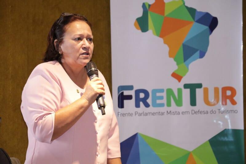 "Senadora Fátima Bezerra: ""país precisa ampliar investimentos no turismo"""