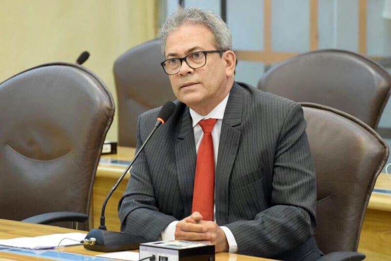 Deputado Hermano propõe que clínicas informem gratuidade para reconstrução mamária