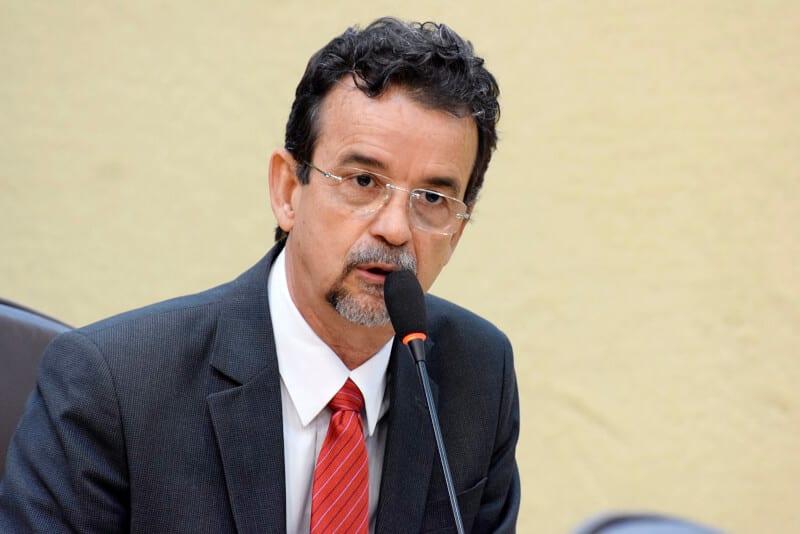 Deputado Mineiro diz que a sociedade precisa conhecer e reagir às propostas da reforma Trabalhista