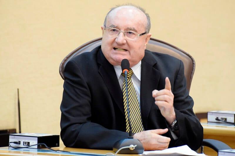 Deputado José Dias critica corrupção e defende reformas Trabalhista e da Previdência