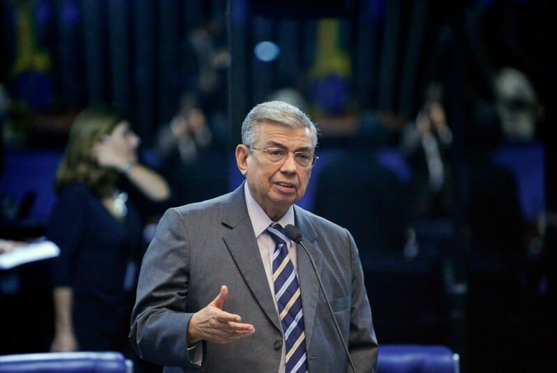 Plenário do Senado durante sessão deliberativa ordinária.  Em pronunciamento, senador Garibaldi Alves Filho (PMDB-RN).  Foto:Marcos Oliveira/Agência Senado