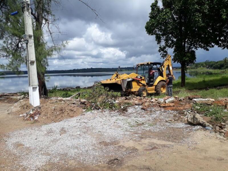 Prefeitura de Extremoz derruba muro à margem da lagoa e devolve acesso à população