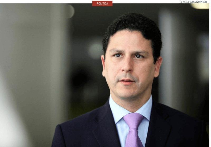 Ministro das Cidades, Bruno Araújo, anuncia que vai deixar o governo