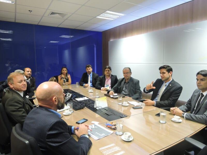Deputado Rafael Motta solicita reativação de caixas eletrônicos em municípios alvos de ações criminosas no RN