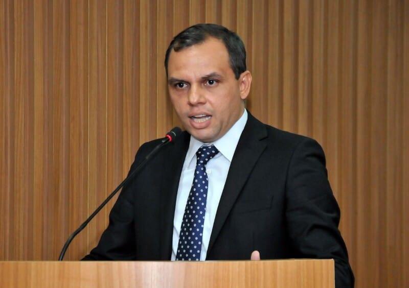 Vereador  Aldo Clemente será eleito hoje primeiro secretário e Nina Souza ficará com vice-presidência da Câmara