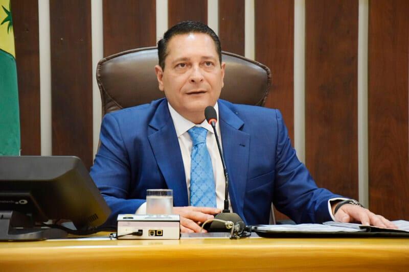 Ezequiel Ferreira é eleito o Parlamentar da 61ª Legislatura