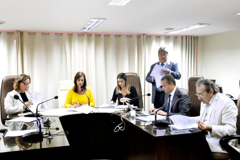 CCJ aprova projeto de lei que prevê instalação de câmeras em escolas públicas