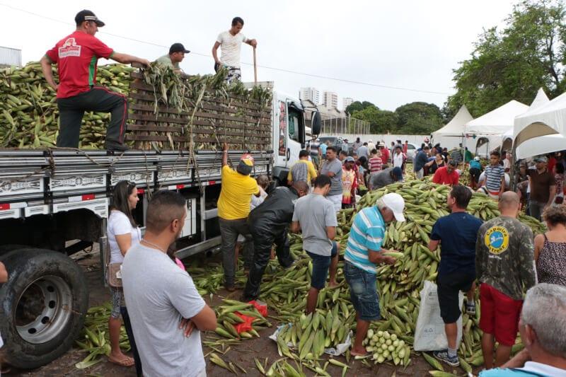 Feira do Milho segue até dia 1º na Central da Agricultura Familiar
