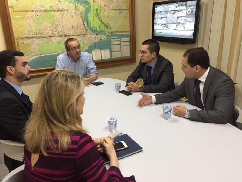 AARN se reúne com STTU e cobra soluções para trânsito na área do Complexo Judiciário de Natal