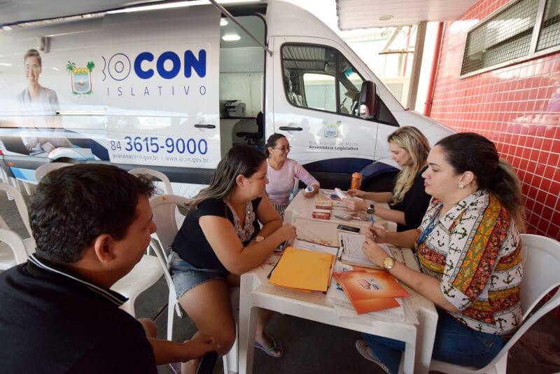 Procon Legislativo inicia atendimentos a consumidores na Zona Norte