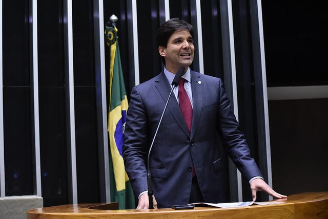 """Em discurso, deputado Felipe Maia disse que atitude da oposição no Senado Federal """"é inacreditável"""""""