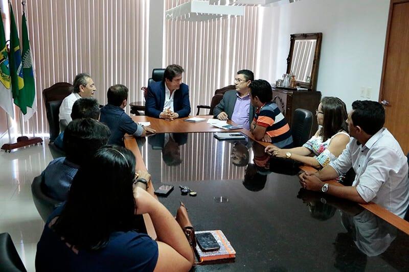 Governador encaminha pleitos de municípios das regiões Agreste e Central