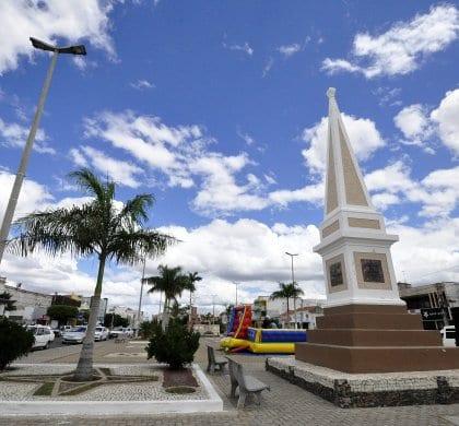 Deputado Ezequiel pretende que programas de habitação  cheguem a cidades de três regiões