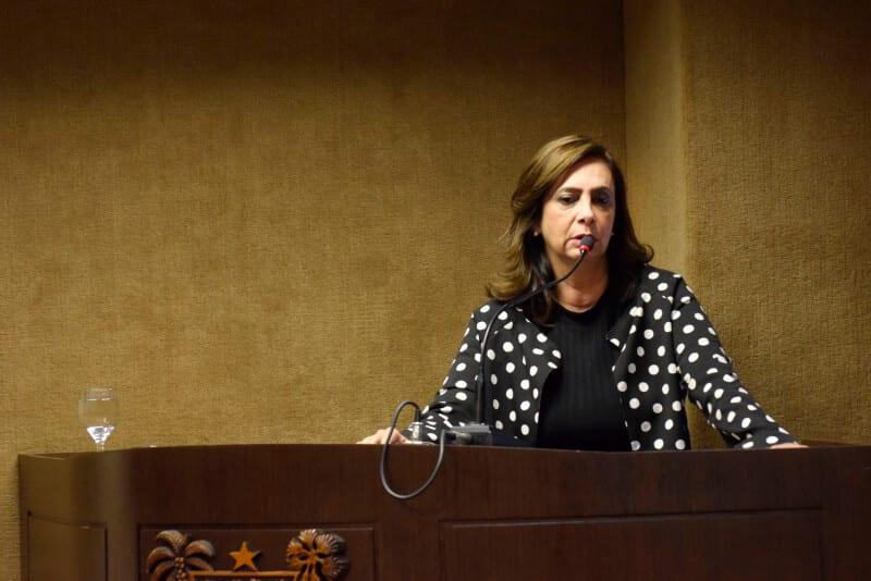Deputada Márcia cobra regulamentação de lei para vítimas de violência doméstica no RN