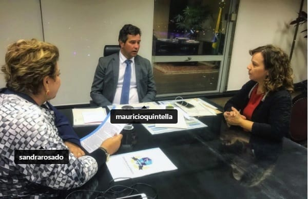 """Em Brasília, deputada cobra soluções para """"Estrada do Cajueiro"""" e aeroporto de Mossoró"""