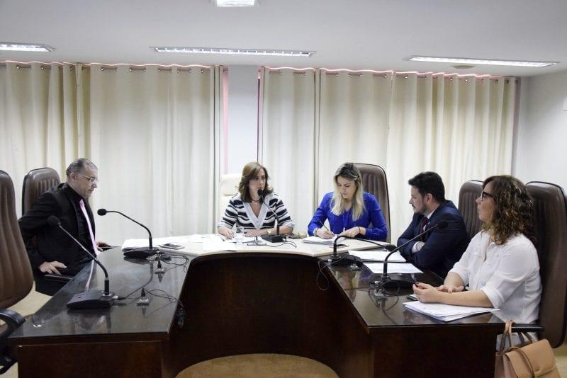CCJ aprova duas matérias voltadas para a área de saúde do Estado