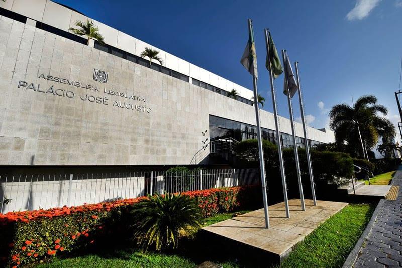 Assembleia Legislativa inicia tramitação de projetos durante convocação extraordinária