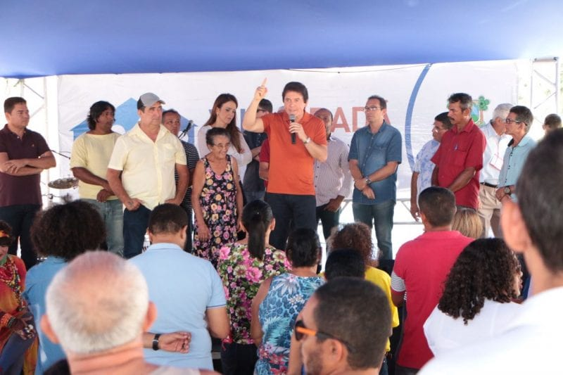 Governador anuncia Restaurante Popular no bairro Quintas durante Vila Cidadã