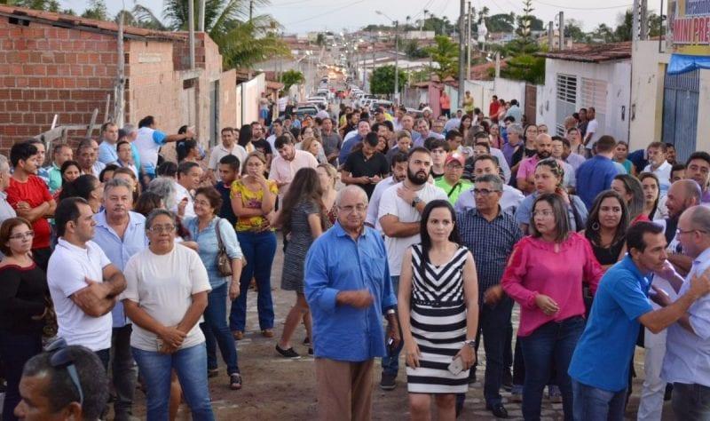 """Paulinho: """"estamos inaugurando uma obra por semana em São Gonçalo"""""""