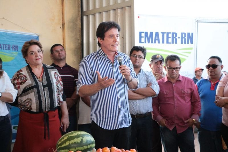 Robinson Faria anuncia Estrada da Castanha durante lançamento do projeto de revitalização da cajucultura, em Serra do Mel