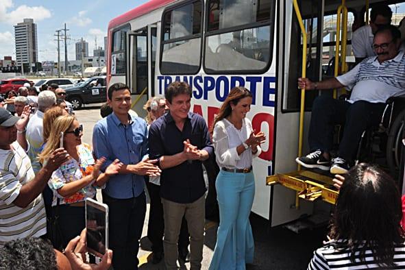 Prefeito de Extremoz participa de lançamento do Transporte Cidadão