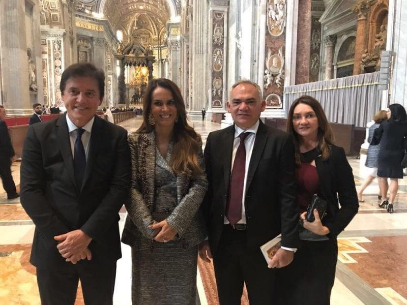 Prefeito de São Gonçalo, governador do Estado e senadora e deputado entre os políticos na celebração de Roma, veja fotos